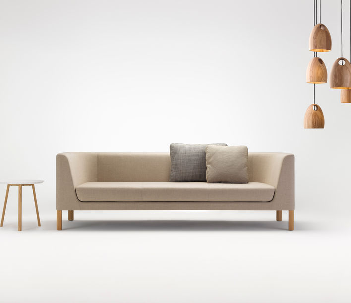 Tailored Coffee Table (1)