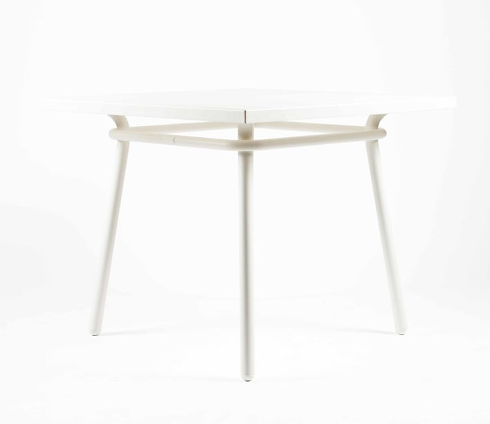 a600_dining_table_square_5.jpg