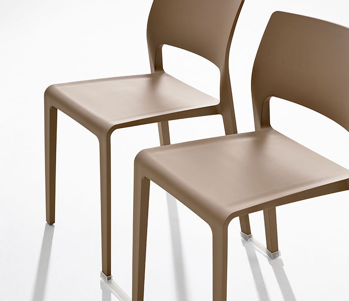 Arper | Juno Chair | Exclusively available from Stylecraft