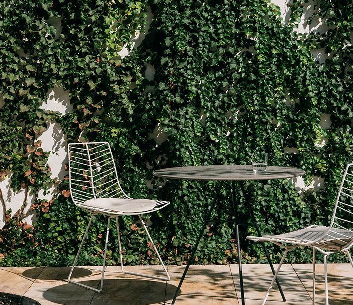 arper_leaf_chairtable_ph-salvalopez_collection_180218071814.jpg