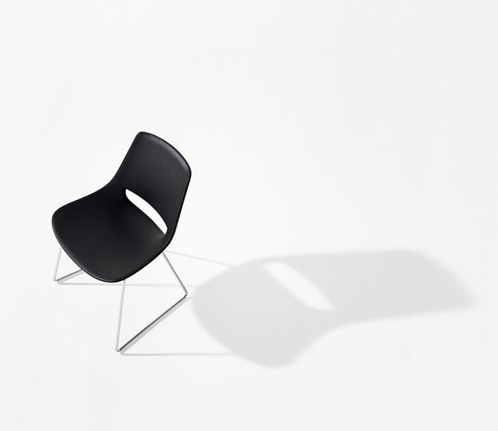 arper_palm_chair_sled_marcocovi_polyethylene_1201.jpg