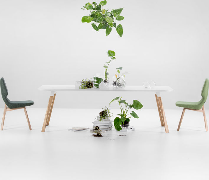 oblique_chairs_and_table_ambient.jpg