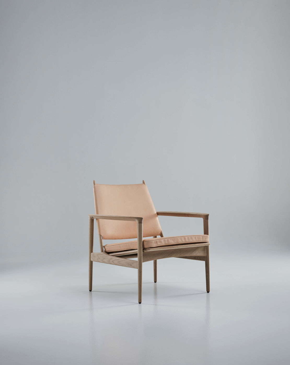 Broadway Lounge Chair   Eikund   Available exclusively from Stylecraft